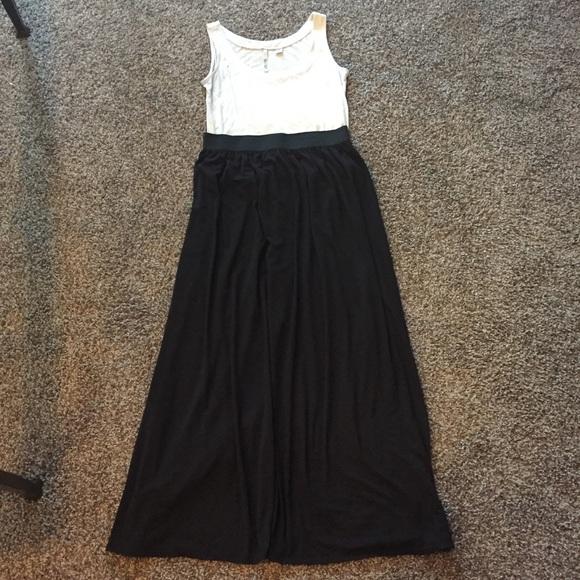 df5e8a23ec Joe Benbasset Dresses & Skirts - Joe Benbasset black maxi skirt